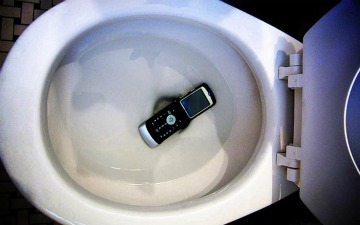 Water-damage cellphones fall in the toilet
